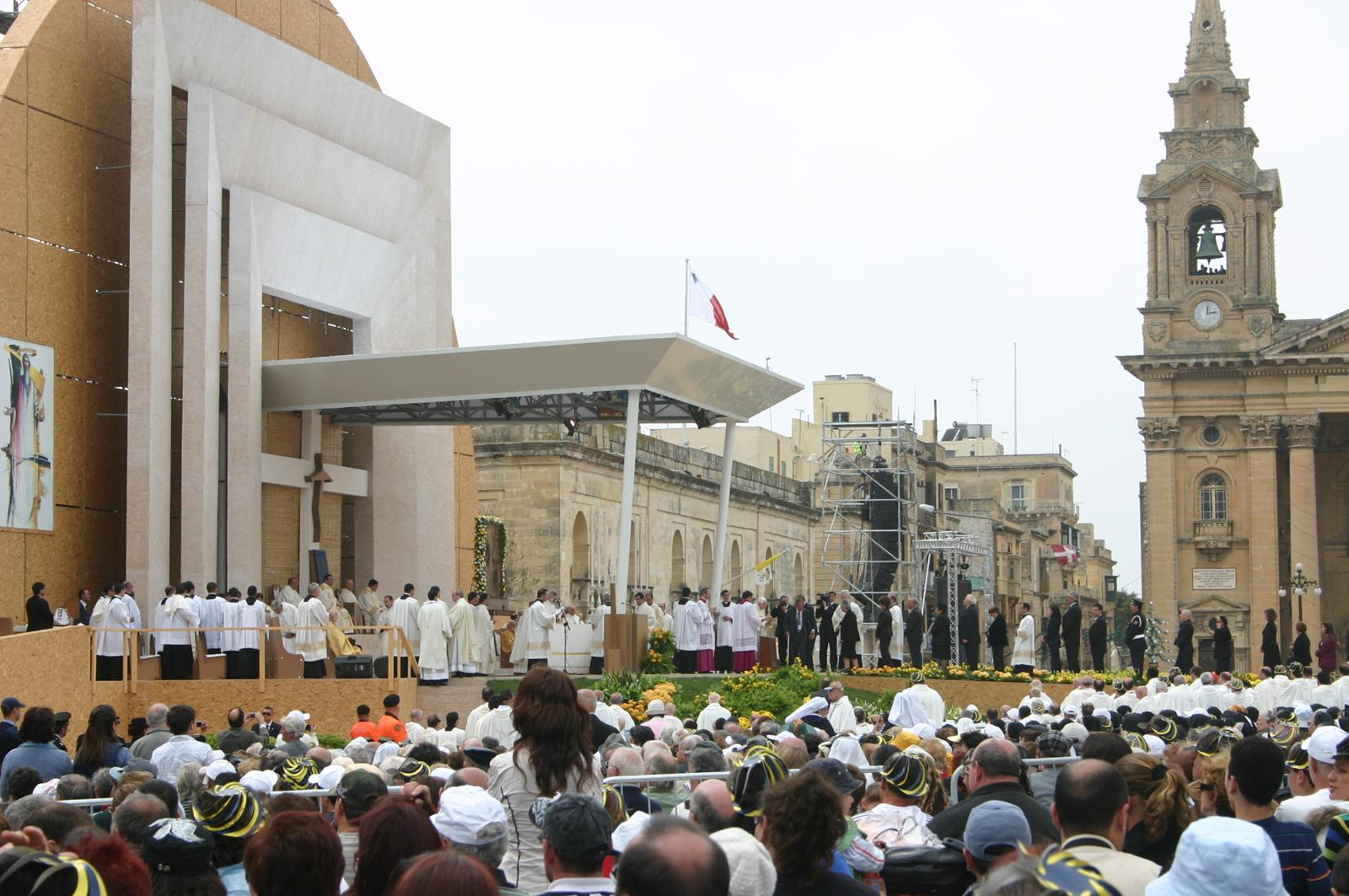 Pope's visit - 18th April 2010 / Granaries